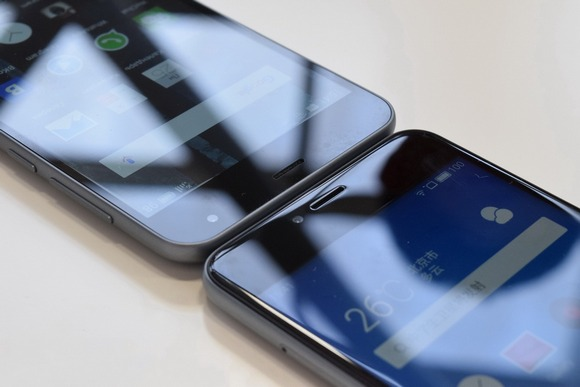 Meizu M2 mini и Meizu M3-3 Экран