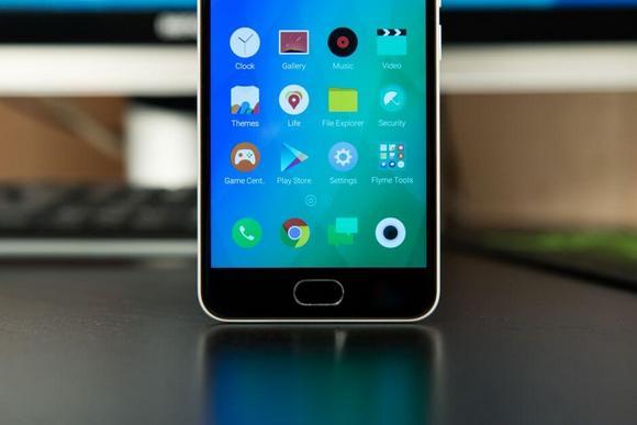 Meizu M3-Экран